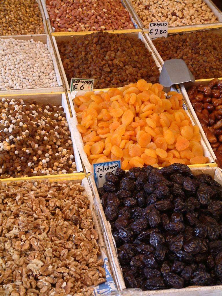 Frutta secca benefici fisioterapia Milano